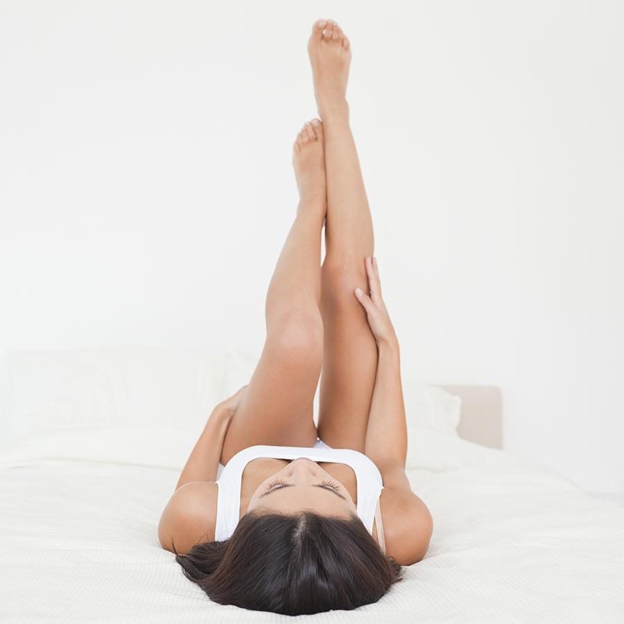 фотографии женщины с задранными вверх ногами моих это