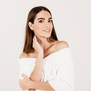 Causas de la flacidez facial y qué tratamiento estético es el mejor